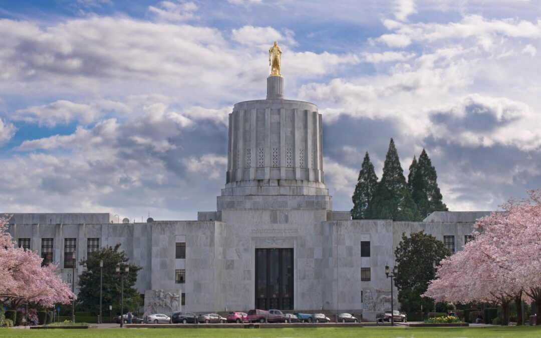 Lawmakers consider state bank for Oregon